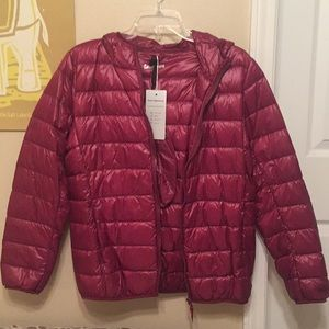 Sarin Matthews wine red lightweight puffer jacket